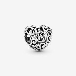 💡Pandora Regal Openwork Heart Charm